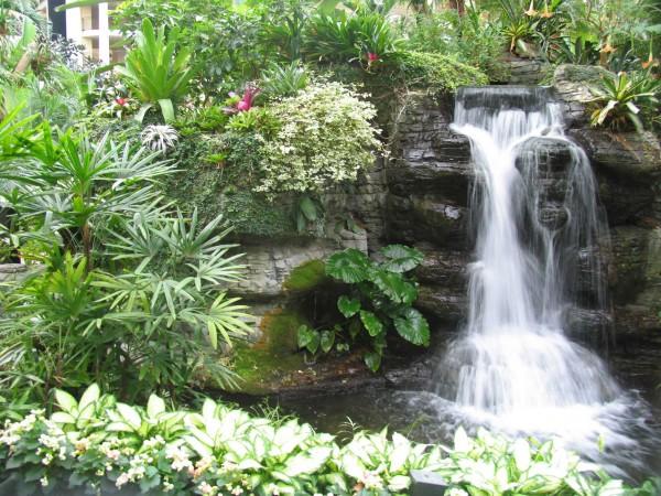 водопад декоративный