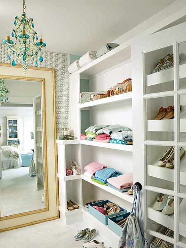 Зеркало в гардеробной