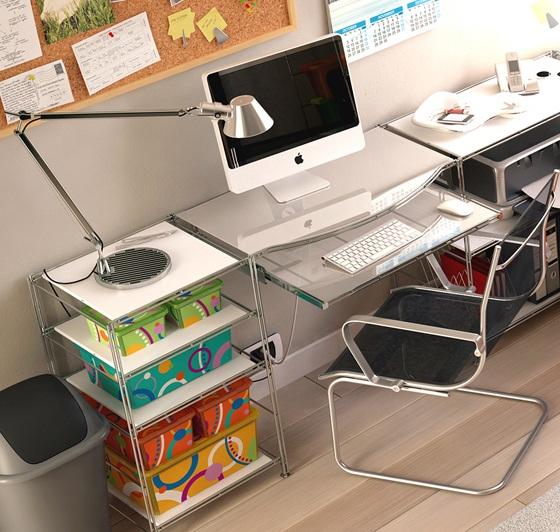Стол для школьника - одна из компактных моделей