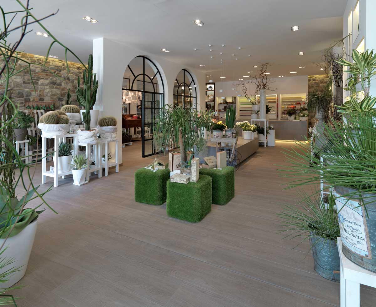 Отделка натуральными материалами и обилие зеленого цвета — эко-стиль во всей красе