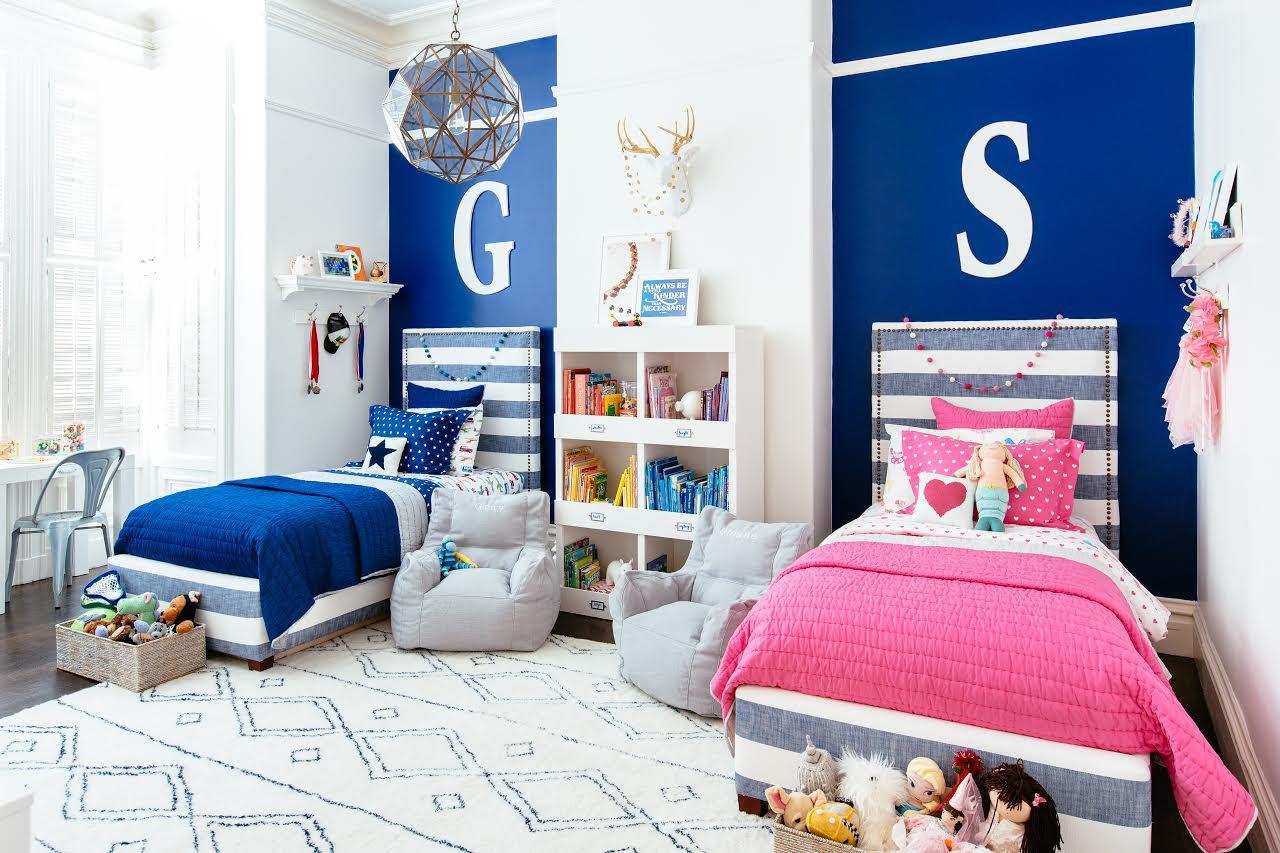 Бело-синяя детская для девочки и мальчика