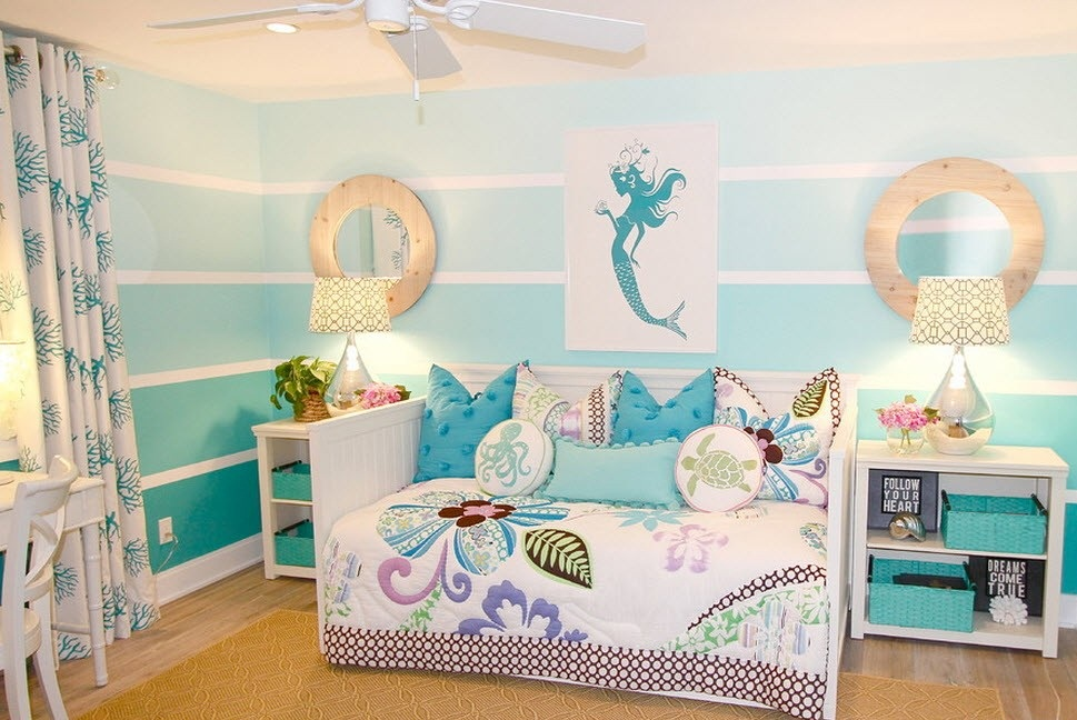 Морской дизайн в комнате для девочки